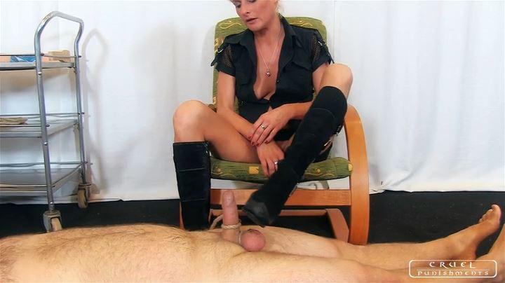 Lady Bonnie In Scene: Sexy Torture Part 2 - CRUEL PUNISHMENTS - SEVERE FEMDOM - SD/404p/MP4