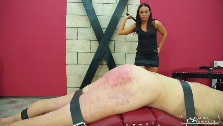 Lady Sophie In Scene: Four steps of the torment part4 - CRUEL PUNISHMENTS - SEVERE FEMDOM - SD/406p/MP4