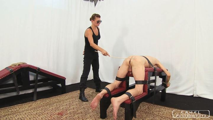 Lady Bonnie In Scene: The Executioner I part1 - CRUEL PUNISHMENTS - SEVERE FEMDOM - SD/406p/MP4