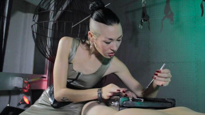 Mistress Luzia Lowe In Scene: Urethral Steel - CYBILL TROY'S DTLA DOMINAS / CYBILLTROY - SD/404p/MP4