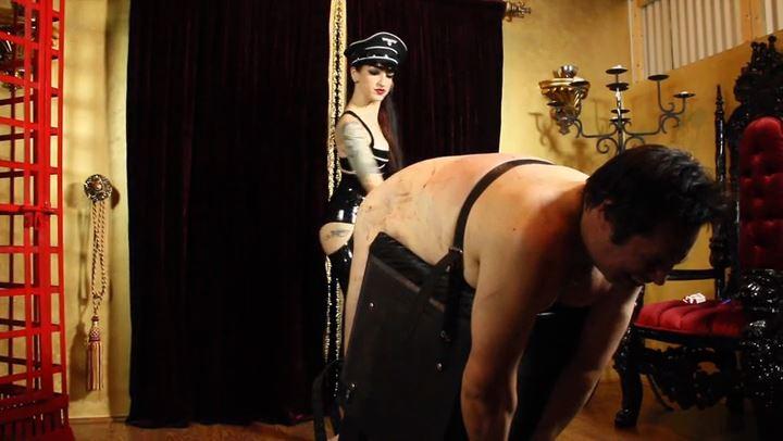 Mistress Cybill Troy In Scene: Violent Strapping - CYBILL TROY'S DTLA DOMINAS / CYBILLTROY - SD/406p/MP4