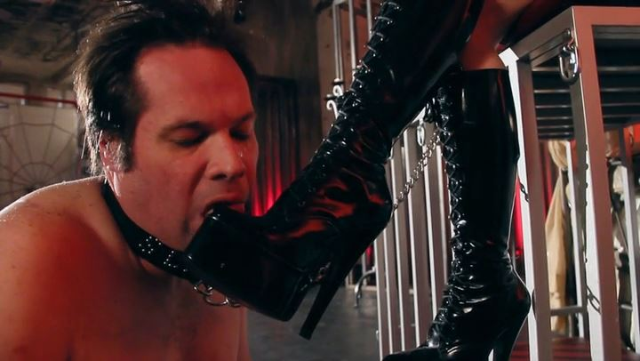 Mistress Cybill Troy In Scene: Worthless Boot Licker - CYBILL TROY'S DTLA DOMINAS / CYBILLTROY - SD/406p/MP4