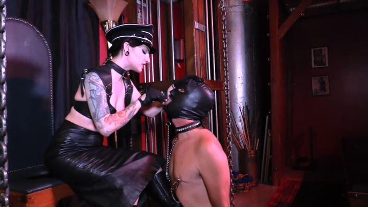 Mistress Cybill Troy In Scene: Sadistic Human Ashtray Training - CYBILL TROY'S DTLA DOMINAS / CYBILLTROY - SD/406p/MP4
