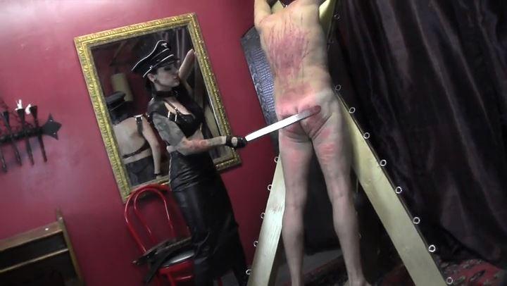 Mistress Cybill Troy In Scene: Beaten into Submission - CYBILL TROY'S DTLA DOMINAS / CYBILLTROY - SD/406p/MP4