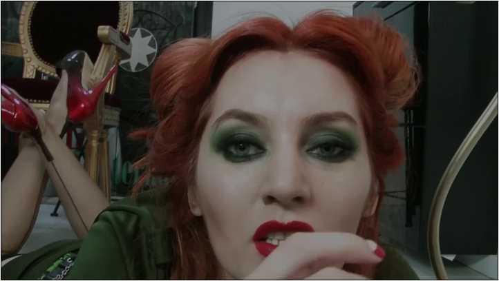 Goddess Celine In Scene: BATMAN TURNED IVY 'S SLAVE, MARVIN IS NEXT - DANGEROUS TEMPTATION - SD/406p/MP4
