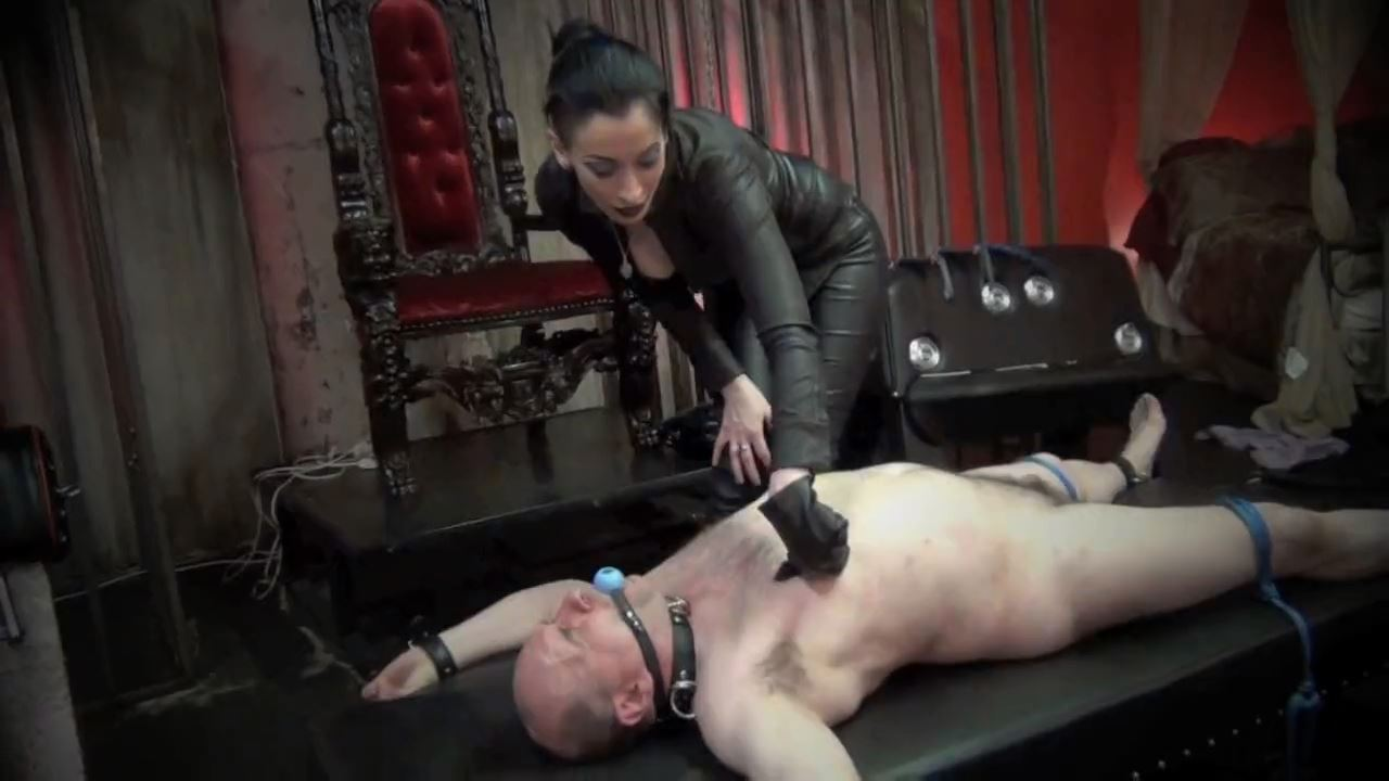Mistress January Seraph In Scene: A SESSION WITH MISTRESS JANUARY. CHAPTER 3: YOU GET THE POINT, DONT YOU? - DOMNATION - HD/720p/MP4