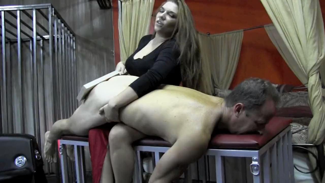 Mistress Elena De Luca In Scene: BEATEN AND BROKEN - DOMNATION - HD/720p/MP4