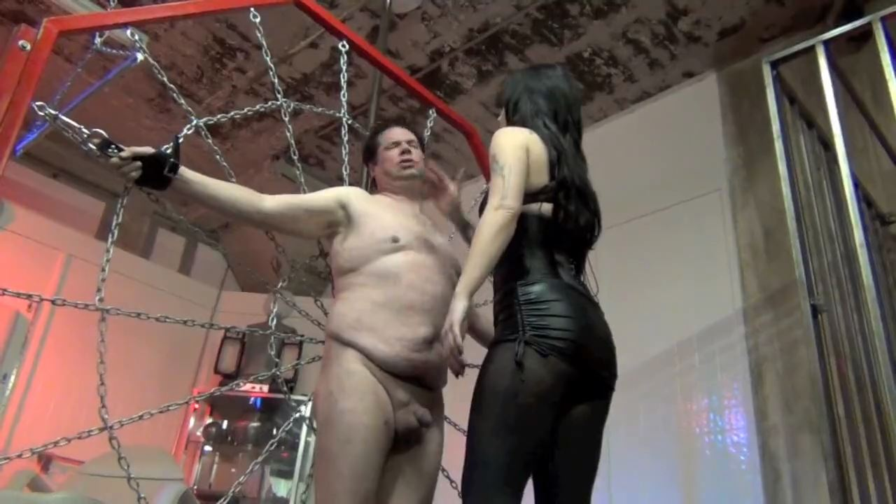 Mistress Lynn Pops In Scene: THIS FUCKER NEEDS TO BE SLAPPED - DOMNATION - HD/720p/MP4