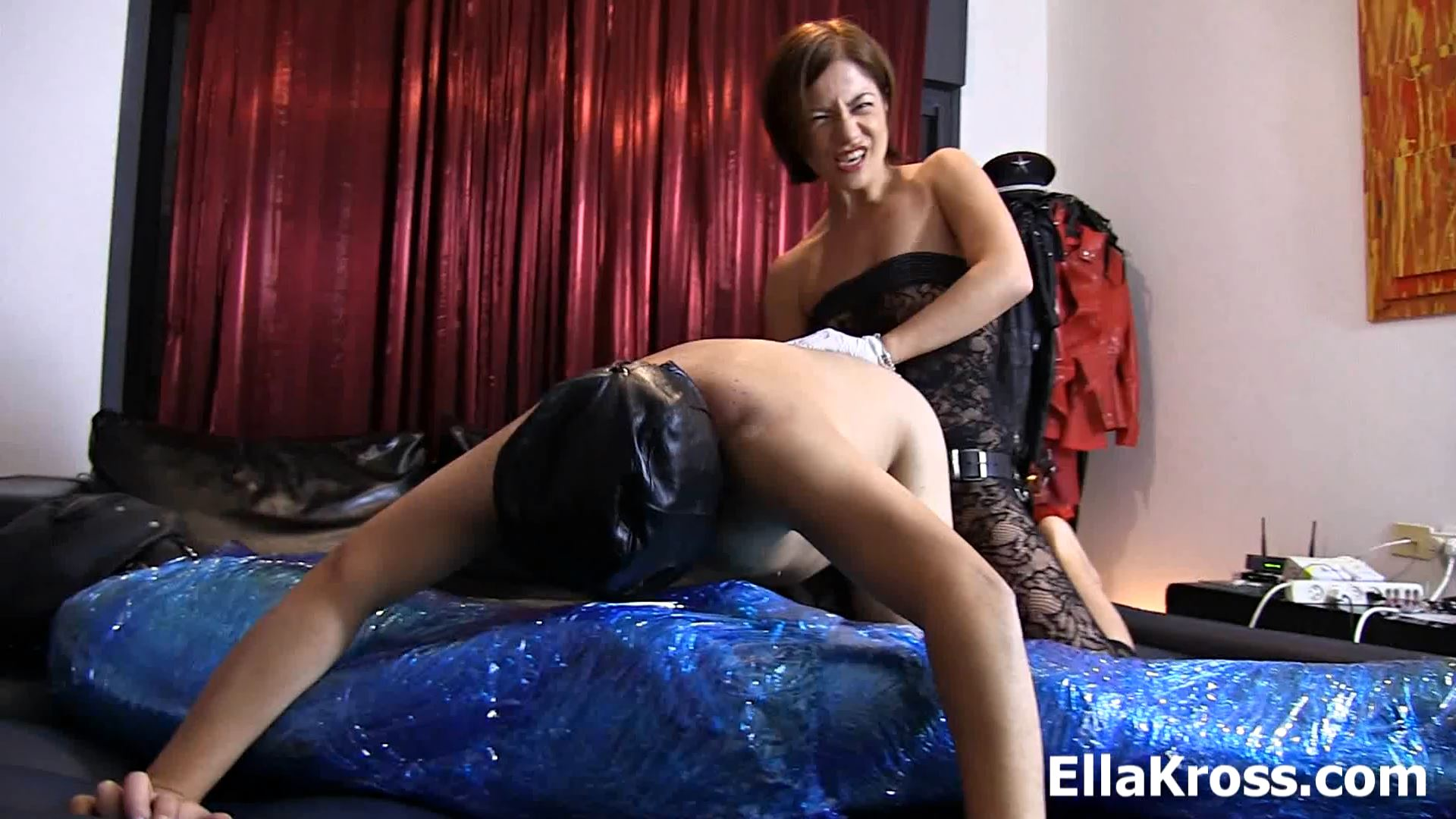 Mistress Ella Kross In Scene: Making a Slave Suck Cock and Fucking His Ass - ELLAKROSS - FULL HD/1080p/MP4