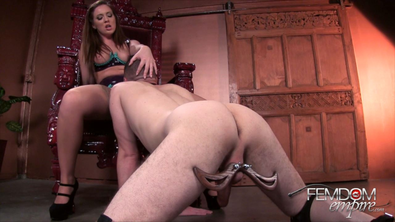 Maddy O'Reilly In Scene: Crawl To My Cunt - FEMDOMEMPIRE - HD/720p/MP4