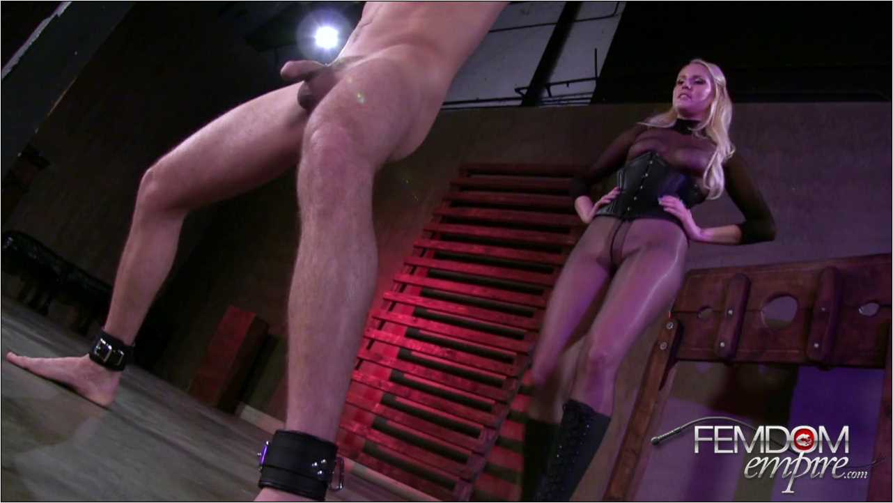 Vanessa Cage In Scene: Manhood Assault - FEMDOMEMPIRE - HD/720p/MP4