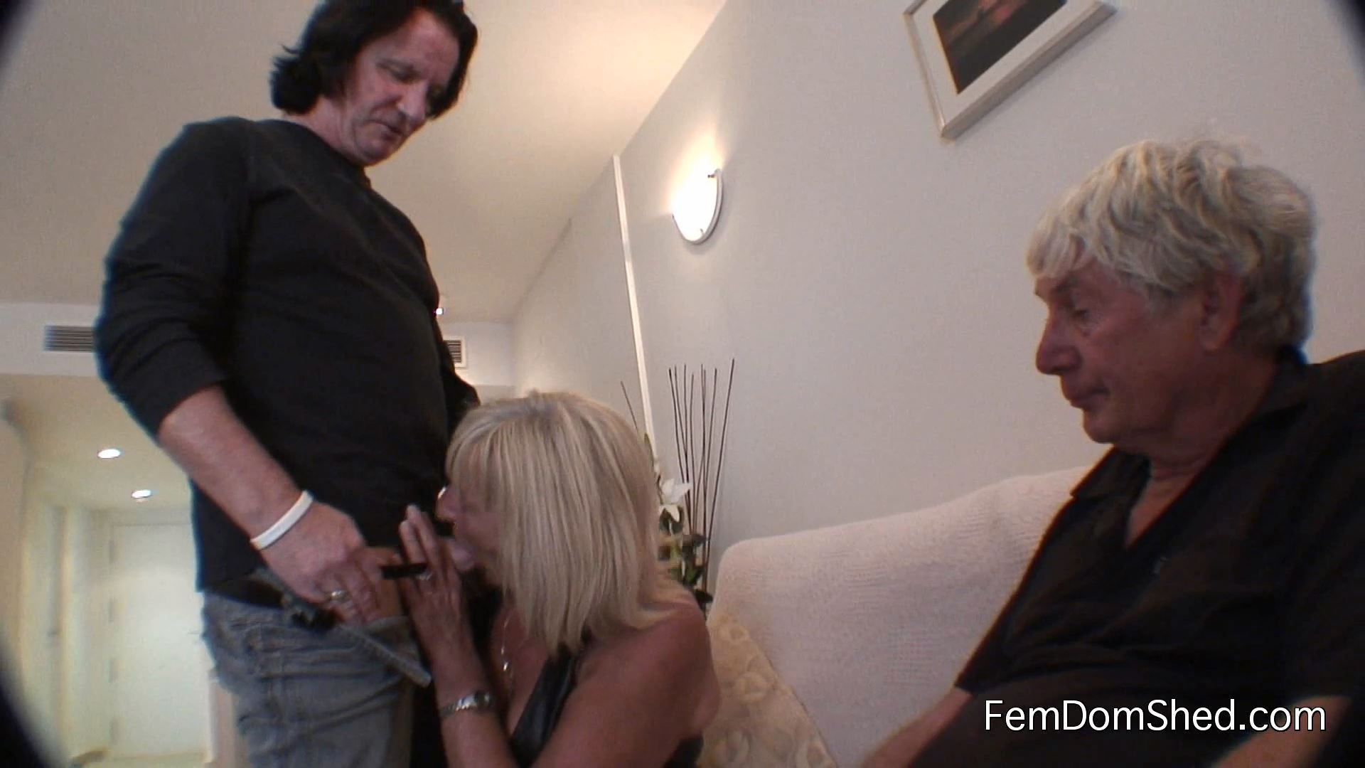 Cuckoldress Diane - Hubby Show Roger Your Pathetic Little Excuse For A Penis I Want Him To See Why I Need A Real Man - FEMDOMSHED - FULL HD/1080p/MP4