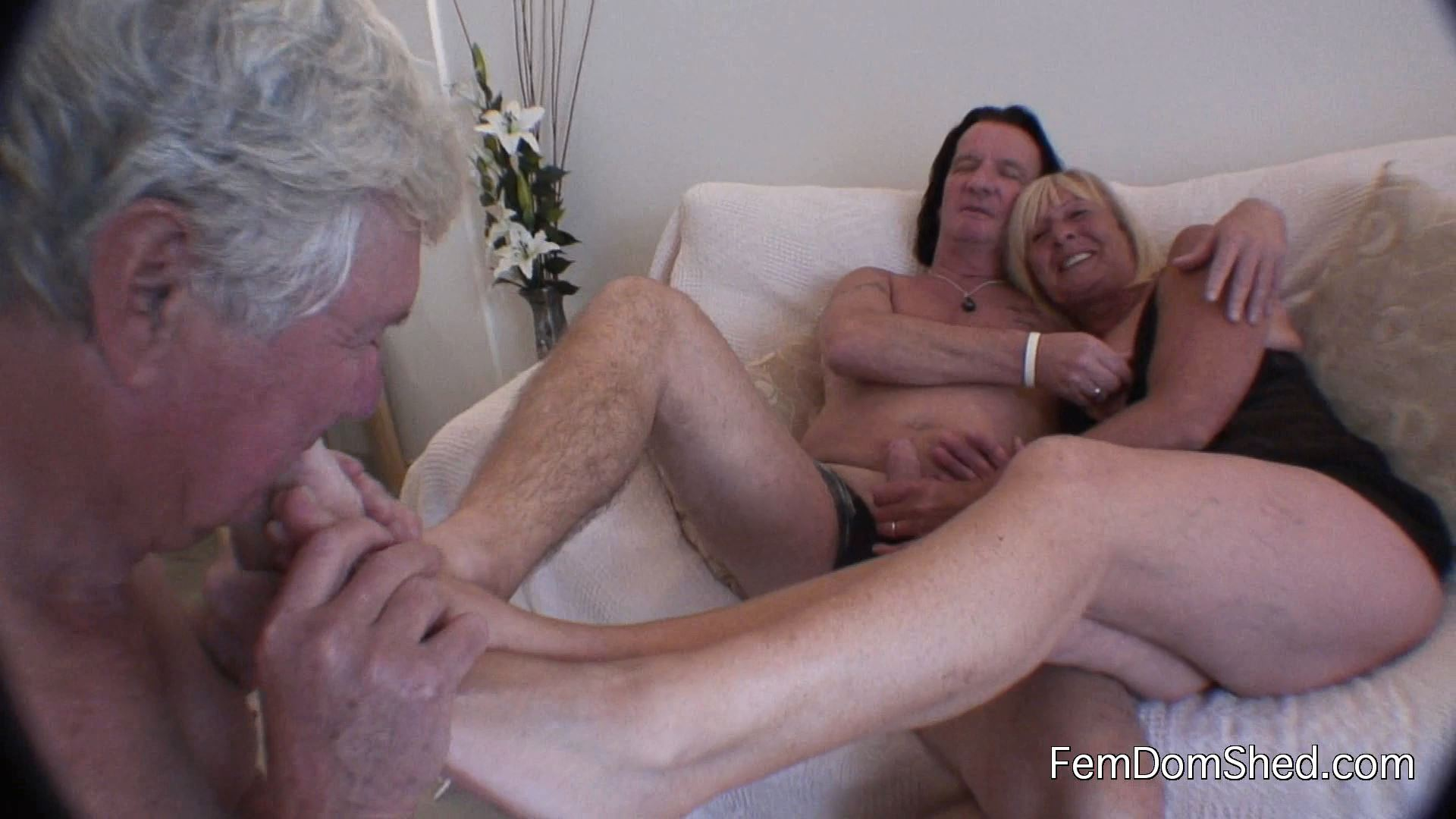 Cuckoldress Diane - Lick Our Feet Hubby Or Pack Your Bags And Go If You Wana Stick Around You WI'll Have To Prove Your Value - FEMDOMSHED - FULL HD/1080p/MP4