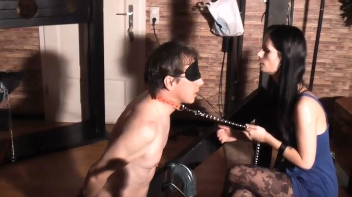 Lady Dooma In Scene: Wanking, Slapping And Trampling - GERMAN DOMINAS / GERMANY FEMDOM - SD/404p/MP4