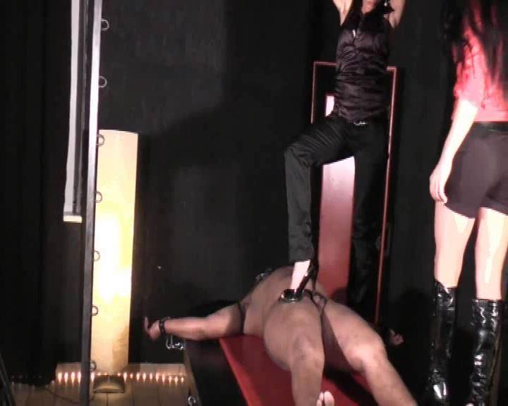 Senora el Combatiente In Scene: Pain on the rack - GERMAN DOMINAS / GERMANY FEMDOM - SD/576p/MP4