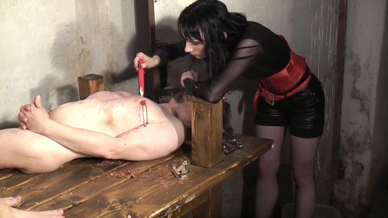 Mistress Celeste In Scene: Wax in the dungeon - DEUTSCHE DOMINAS / GERMANY FEMDOM - HD/720p/MP4