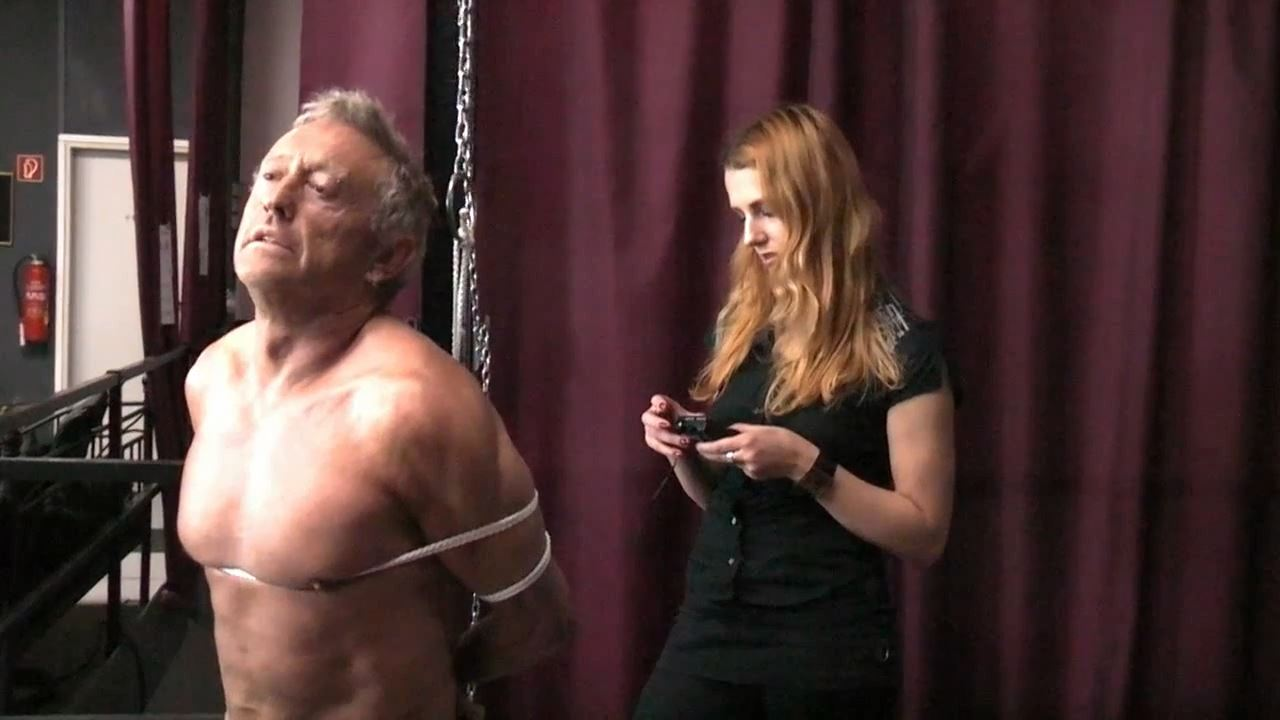 Lady Medusa In Scene: Tied up and energized - GERMAN DOMINAS / GERMANY FEMDOM - HD/720p/MP4