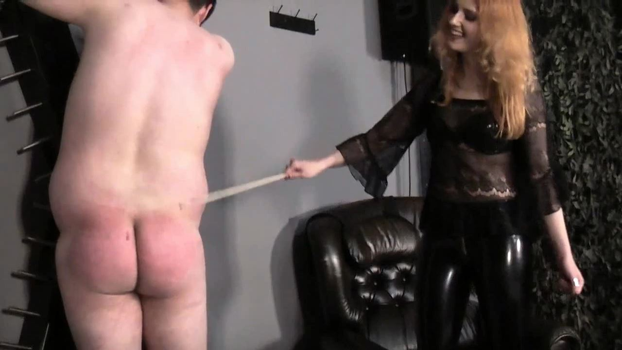 Lady Medusa In Scene: Cane and bullwhip - GERMAN DOMINAS / GERMANY FEMDOM - HD/720p/MP4