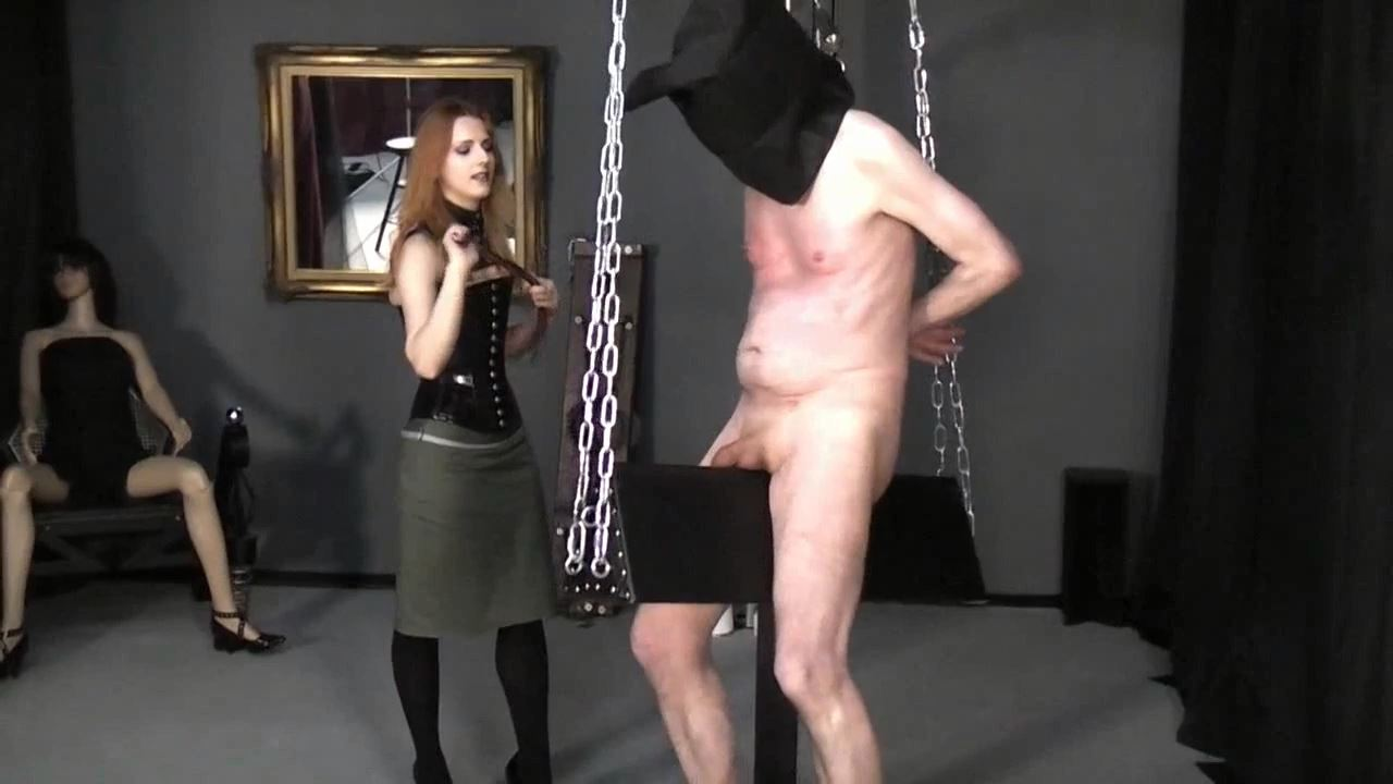 Lady Medusa In Scene: No mercy for the old man - GERMAN DOMINAS / GERMANY FEMDOM - HD/720p/MP4