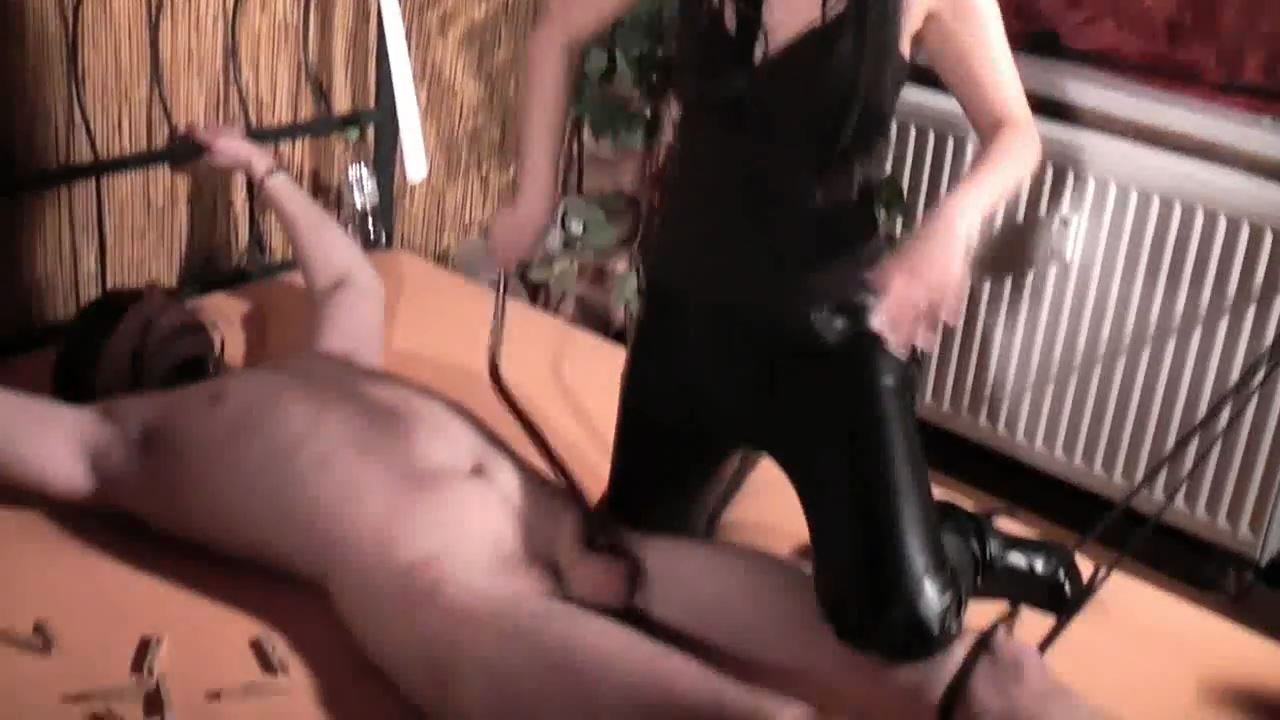Lady Dooma In Scene: Hard to cock and eggs - GERMAN DOMINAS / GERMANY FEMDOM - HD/720p/MP4