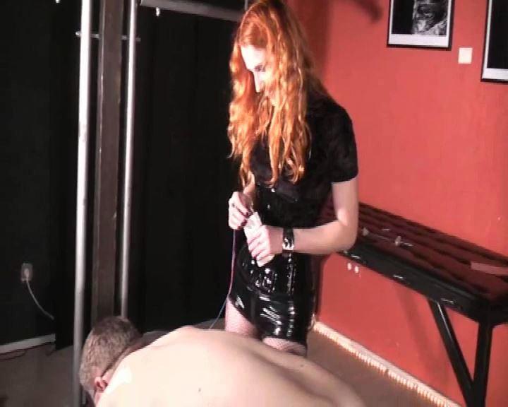 Lady Medusa In Scene: A Whiner 2 - DEUTSCHE DOMINAS / GERMANY FEMDOM - SD/576p/MP4