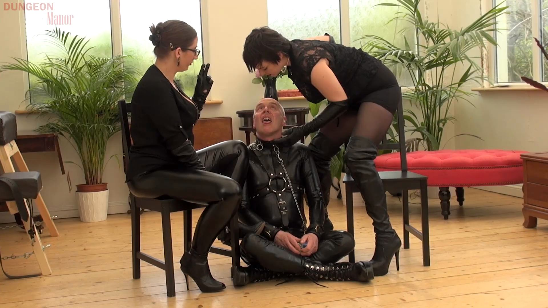 A dungeon Manor Production 392 - MISTRESS EVILYNE - FULL HD/1080p/MP4