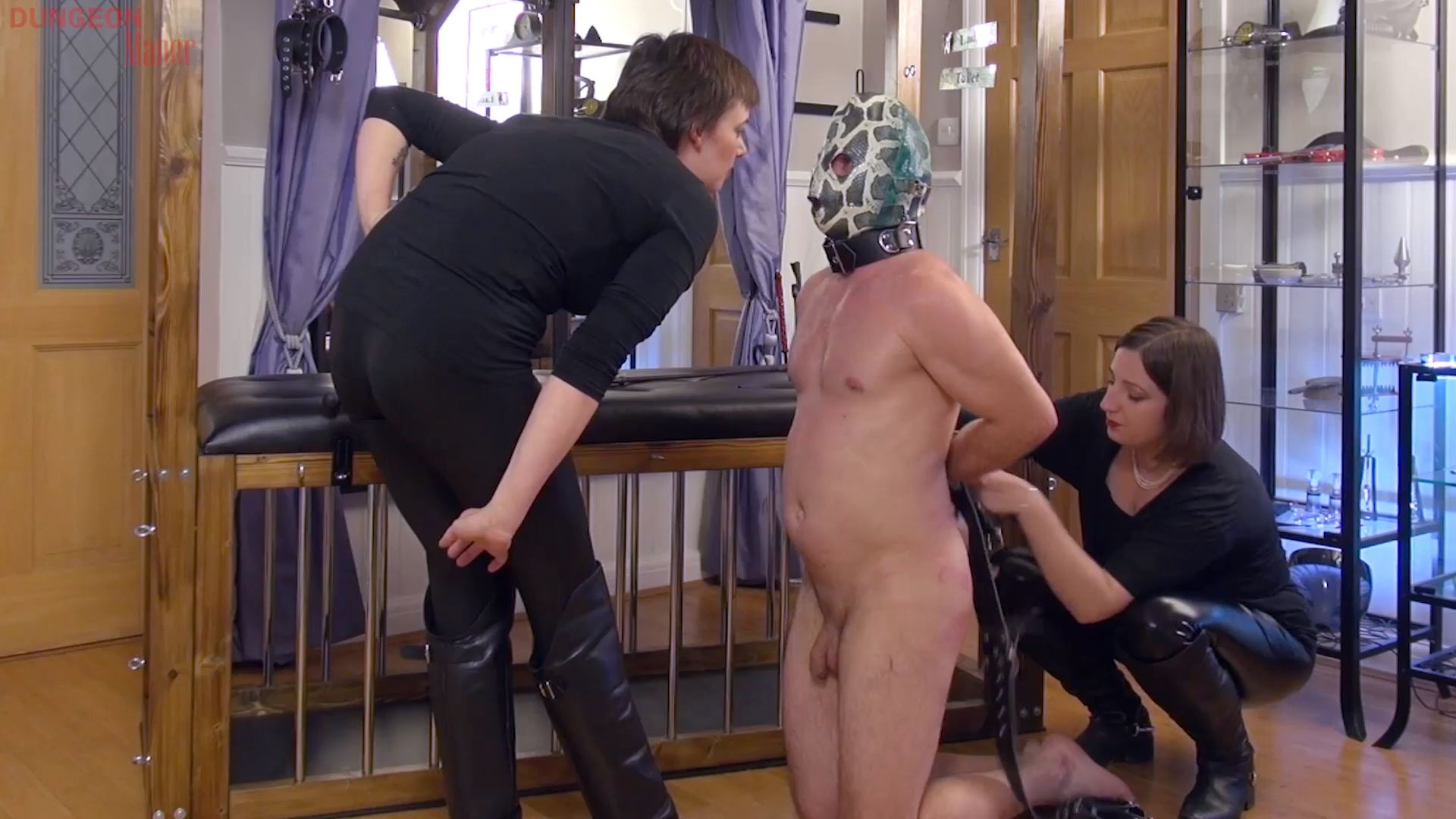 A dungeon Manor Production 434 - MISTRESS EVILYNE - FULL HD/1080p/MP4