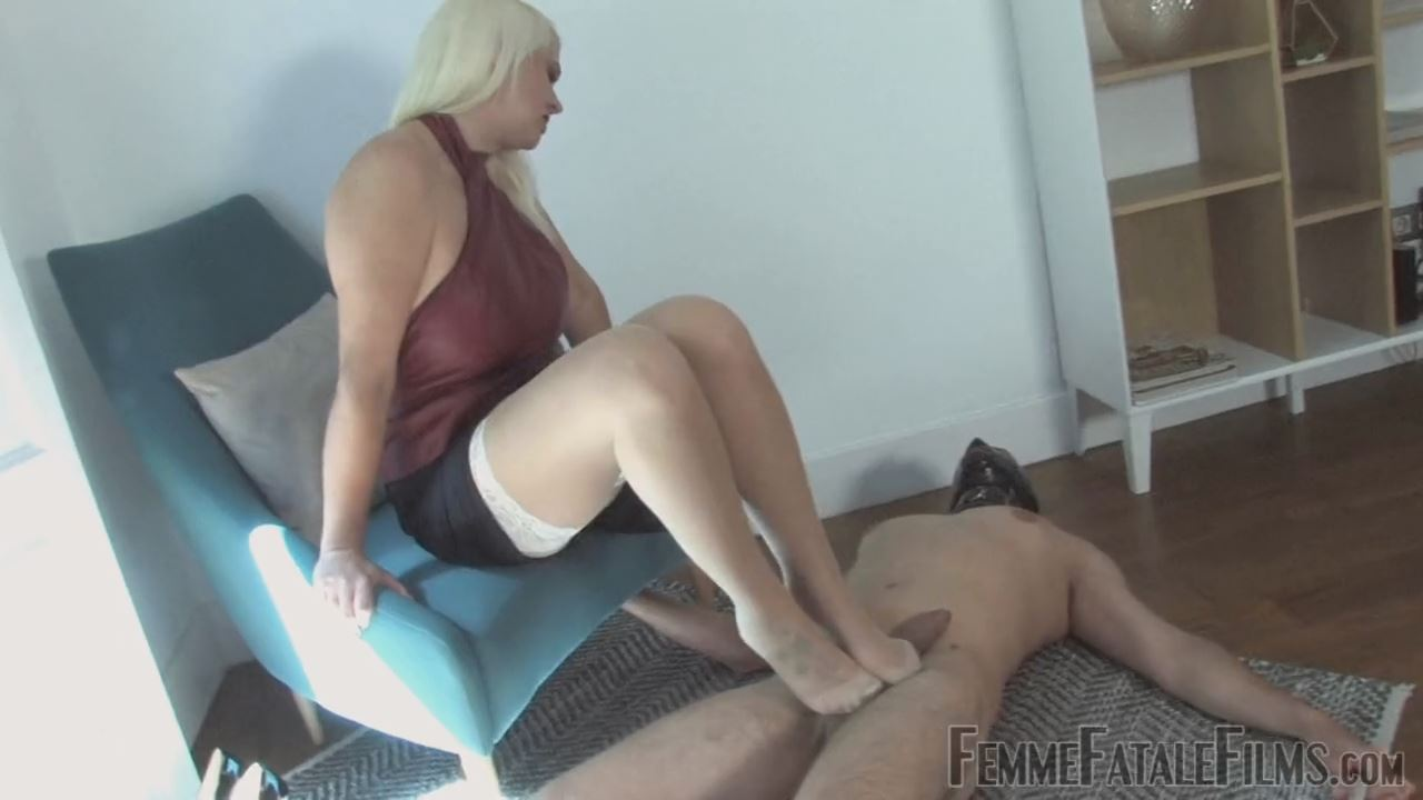 Divine Mistress Heather In Scene: I Love To Hurt You - FEMME FATALE FILMS - HD/720p/MP4