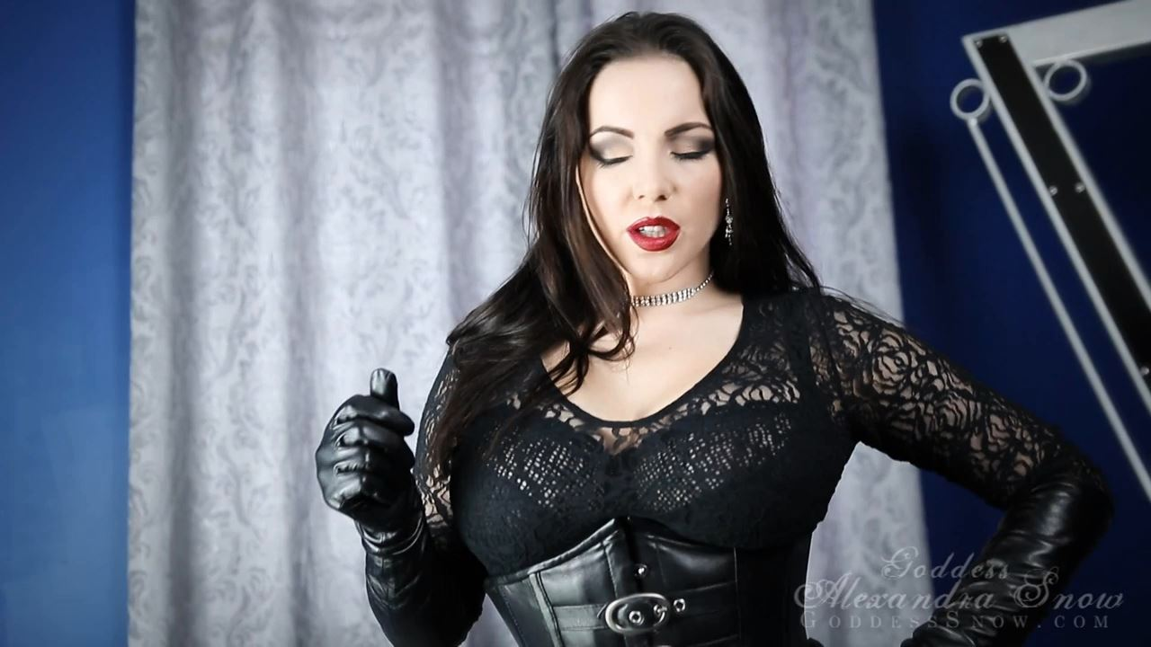 Goddess Alexandra Snow In Scene: Leather Addiction - DOMINA SNOW - HD/720p/MP4