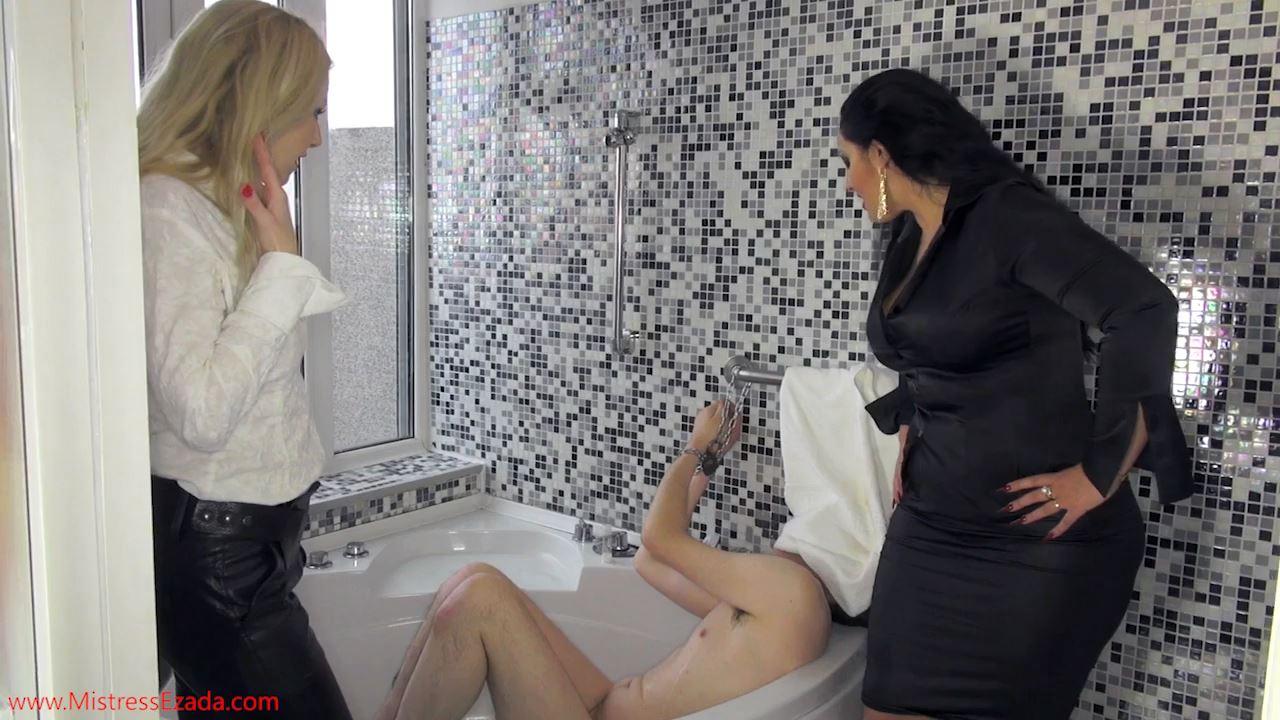 Ezada Sinn, Lilse von Hitte In Scene: Loser pig stays chained in the bathroom - MISTRESS EZADA SINN - HD/720p/MP4