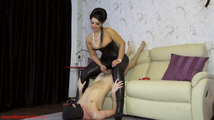 Mistress Ezada In Scene: Ruined orgasm with no erection - MISTRESS EZADA SINN - SD/406p/MP4