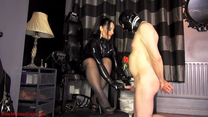 Mistress Ezada In Scene: Too poor to get a release - MISTRESS EZADA SINN - SD/406p/MP4