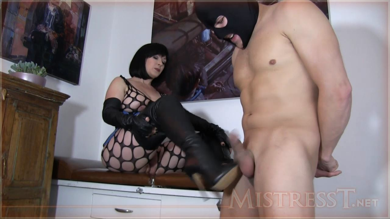 Mistress T In Scene: Beautiful Boots Ballbusting - MISTRESST - HD/720p/MP4