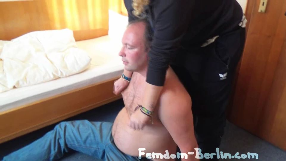 Slave Application In The Students Wg Part 1 - FEMDOM-BERLIN - SD/540p/MP4