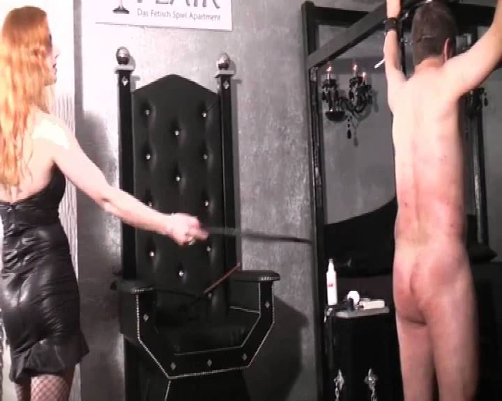 Lady Medusa In Scene: The Whip - DEUTSCHE DOMINAS / GERMANY FEMDOM - SD/576p/MP4