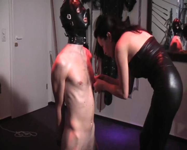 Senora El Combatiente In Scene: The Beginning - DEUTSCHE DOMINAS / GERMANY FEMDOM - SD/576p/MP4