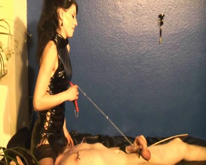 Mistress Morgana In Scene: A Slave To Play - DEUTSCHE DOMINAS / GERMANY FEMDOM - SD/576p/MP4