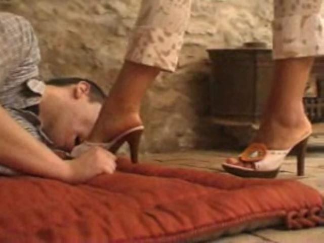Italian Femdom Video 109 - ITALIAN DOMINA - SD/480p/MP4