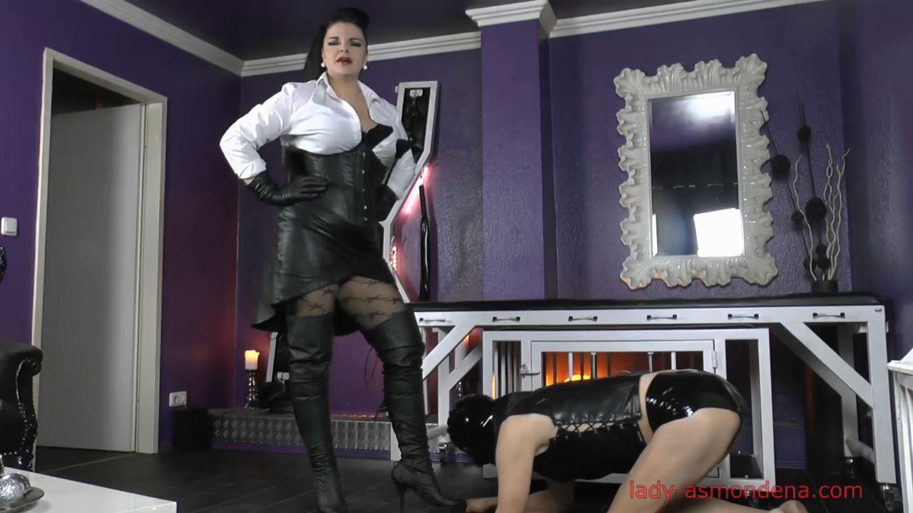 Mistress Trains Her Dwarf Part 1 - LADY ASMONDENA - HD/720p/MP4