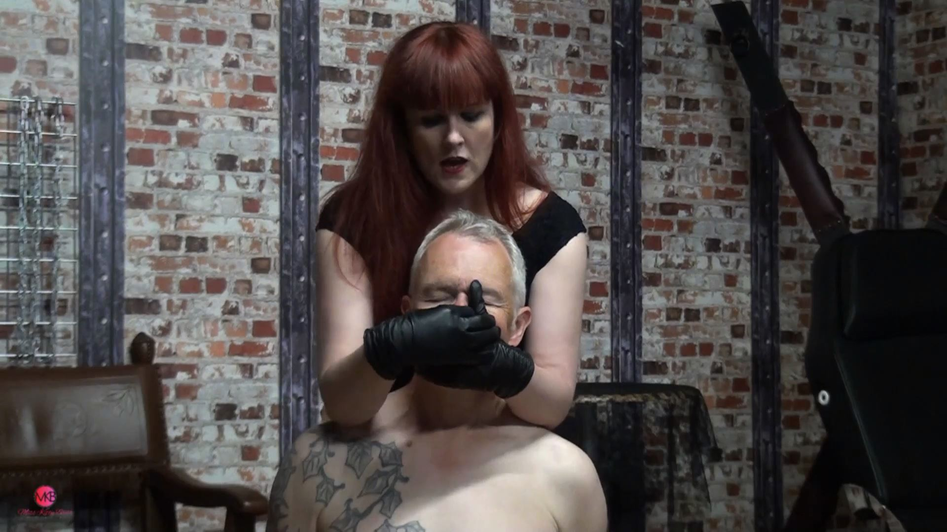 Black Leather Glove Smother - MISS KITTY BLISS - FULL HD/1080p/MP4