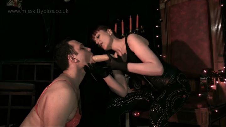 Cock Sucking Training - MISS KITTY BLISS - SD/406p/MP4