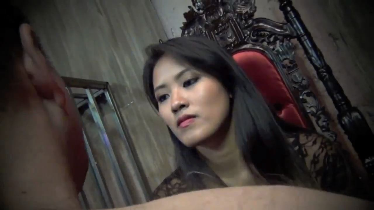 Goddess Angelina In Scene: TRAPPED AND SLAPPED - ASIAN CRUELTY - HD/720p/MP4