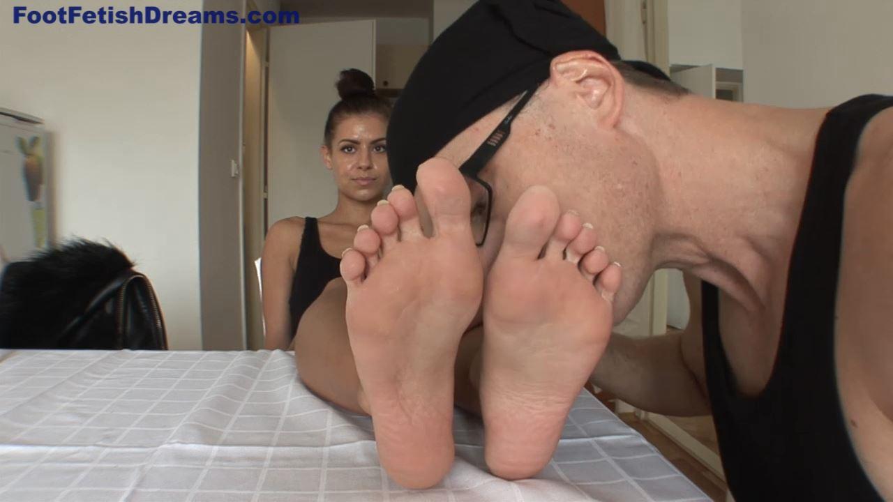 Sara Casting FJ 26 Y/O feet size 38 EU Part 1 - FOOTFETISHDREAMS - HD/720p/MP4