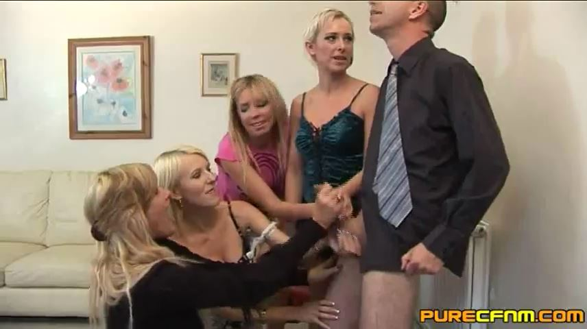 Jessica Pressley, Kerry Louise, Lucy Love, Paige Fox In Scene: Admiring The Stroker - PURECFNM - SD/480p/MP4