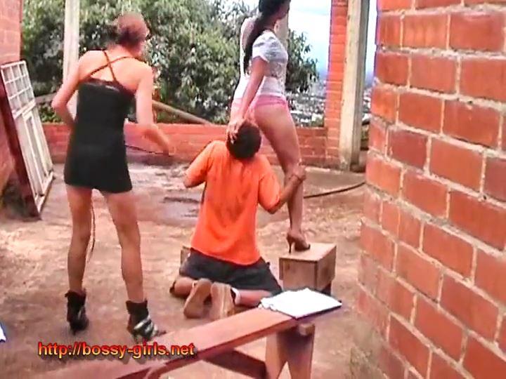 Offensive Girls 11 Salute our Asses - BOSSY-GIRLS / GIRLSDOMINATION - SD/540p/MP4
