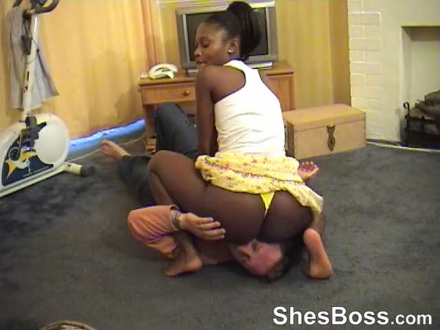 Fitness Smother - SHESBOSS - SD/480p/MP4