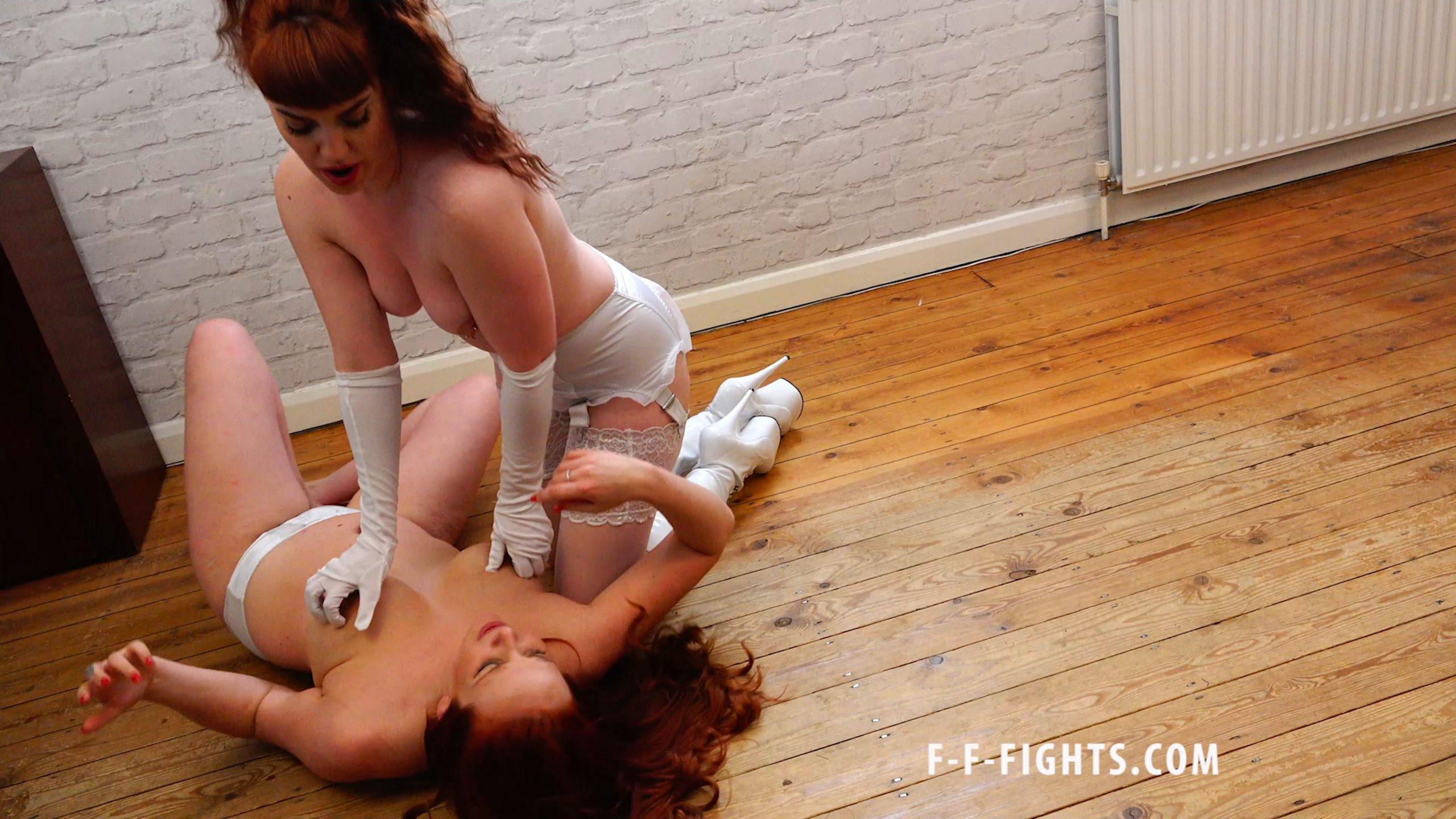 Zoe Page - F-F-FIGHTS - FULL HD/2160p/MP4