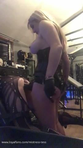 Bending Over Slut S To Take Her - MISTRESS TESS - SD/480p/MP4