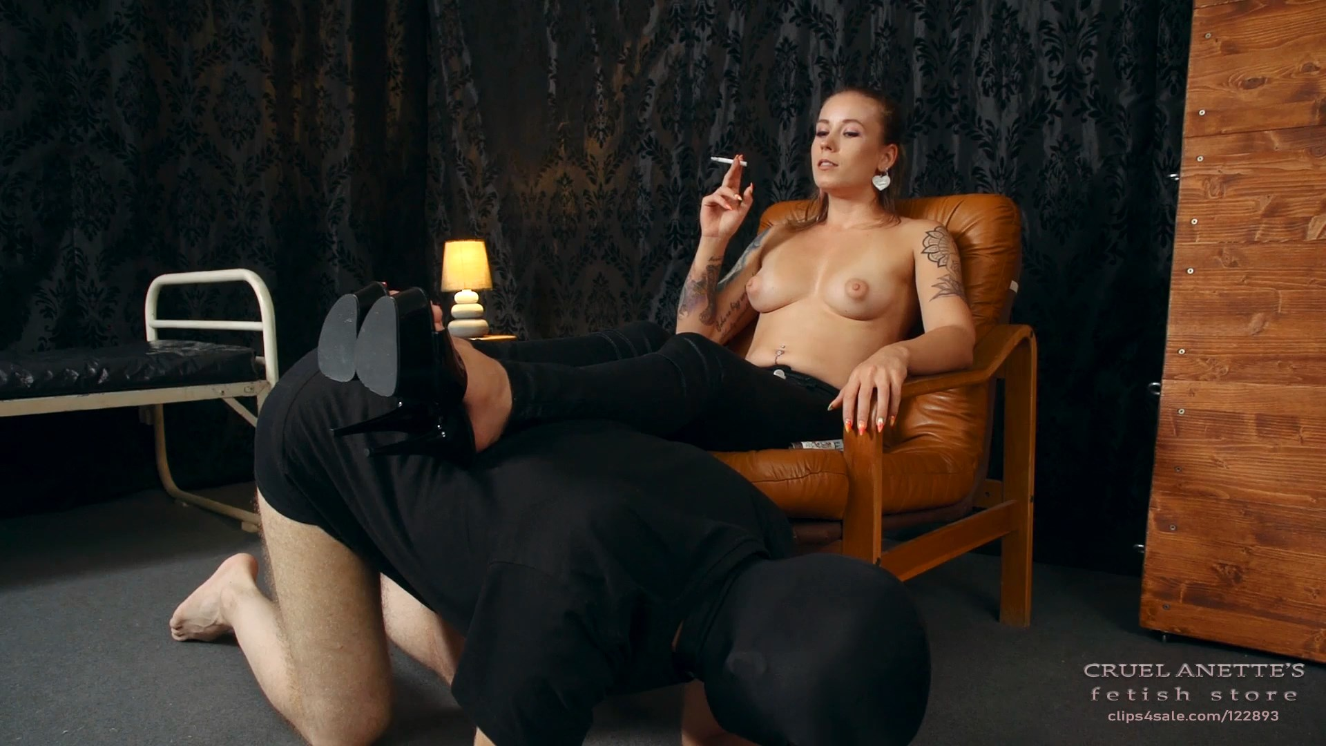 Smoker in a comfortable armchair - CRUEL ANETTES FETISH STORE - FULL HD/1080p/MP4