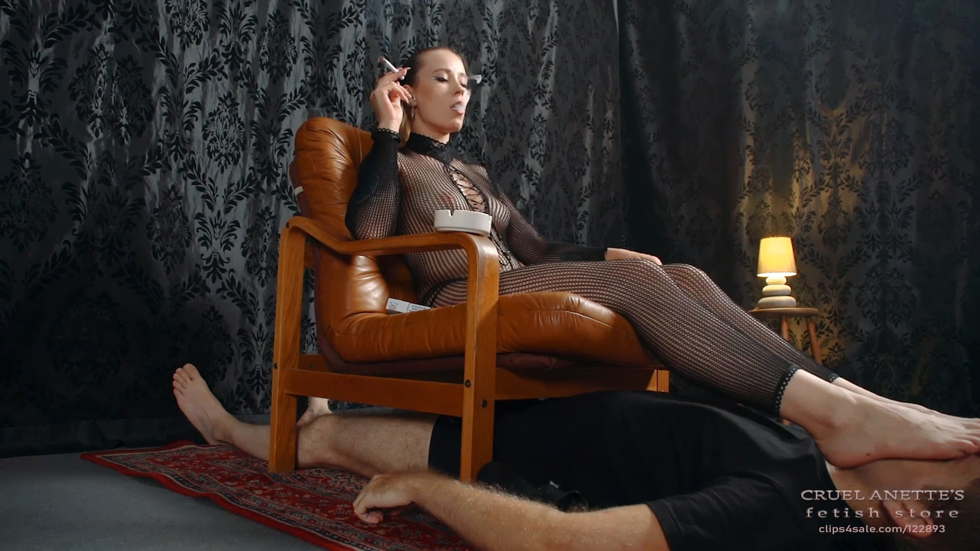 Smoking in chair - CRUEL ANETTES FETISH STORE - FULL HD/1080p/MP4